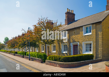 Great Western Railway village Swindon workers houses built with stone from the Box Tunnel near Bath. JMH2864 - Stock Photo
