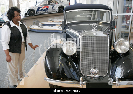Alabama vance mercedes benz suv manufacturing plant for Mercedes benz manufacturing