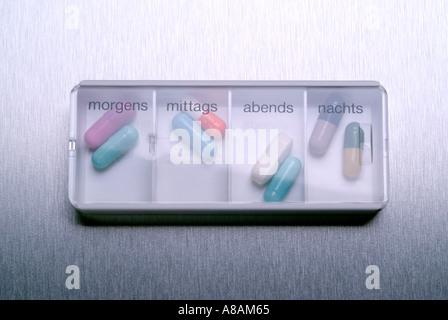 tablets Tabletten Kapseln - Stock Photo