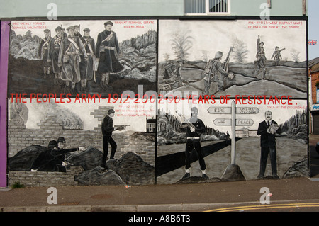 The Peoples Army 1912 - 2002 90 Years of  Resistance mural - Stock Photo