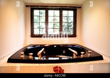 Pittsburgh, PA, Showcase Interiors, USA American Hot Tub Whirlpool Custom Bathroom Style Single Family House - Stock Photo