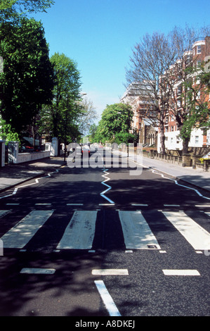 BEATLES - the famous zebra crossing in Abbey Road featured on the album - Stock Photo