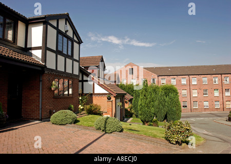 Cheshire Stockport Woodley Wyecroft Close new housing and mill converted to residential accommodation - Stock Photo