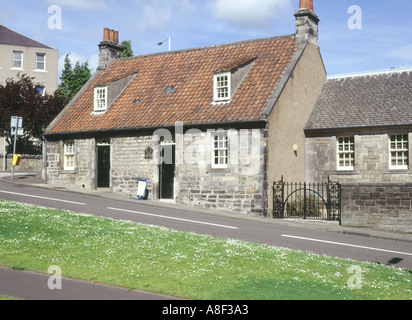 dh Andrew Carnegie Cottage house DUNFERMLINE FIFE SCOTLAND Birthplace museum where Andrew Carnegie was born