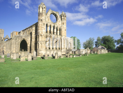 dh Elgin cathedral ELGIN MORAY East wall ruins building ruin ruined cathedrals scotland