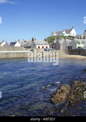 dh  FINDOCHTY MORAY Harbour fishing village and church on hill