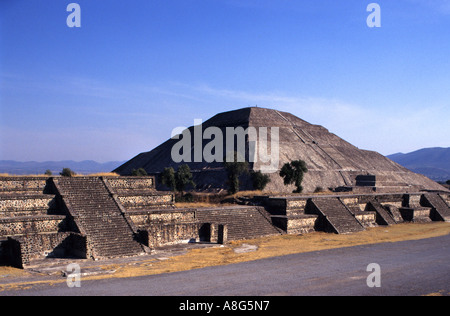 Mexico Theotiuacan Avenue of the Dead Pyramid of the Sun Moon Aztec Chachapoya city of Gods - Stock Photo
