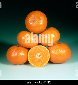 A group of mandarin fruit variety Fortune one in section - Stock Photo