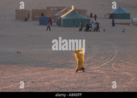 WESTERN SAHARA WOMAN AT POLISARIO 27 FEBRUARY CAMP Photo Julio Etchart - Stock Photo