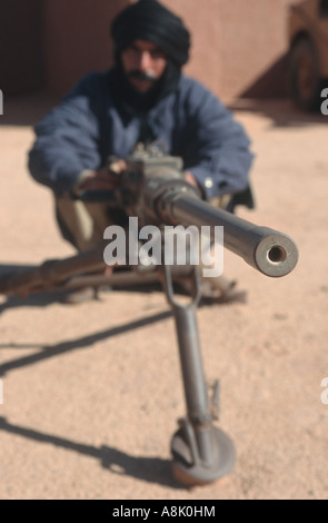 WESTERN SAHARA POLISARIO FIGHTERS TRAINING WITH WEAPONS CAPTURED FROM MORROCCAN ARMY Photo Julio Etchart - Stock Photo