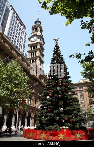 Christmas tree outside Hotel New York at Disneyland Paris Stock Photo - Alamy