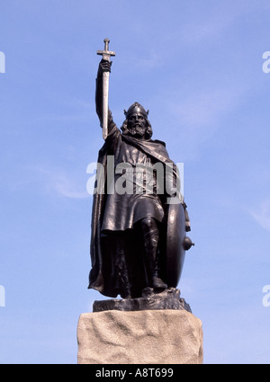 Winchester statue of King Alfred The Great - Stock Photo
