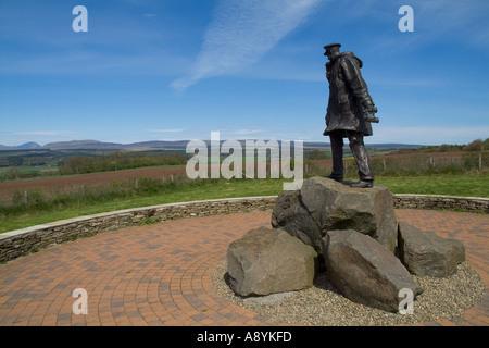 dh David Stirling memorial DOUNE STIRLINGSHIRE Statue SAS founder 1941 special air services regiment british world war 2 forces
