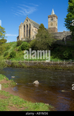 dh Dunblane cathedral DUNBLANE STIRLINGSHIRE Church clock tower riverbank Allan Water Scotland