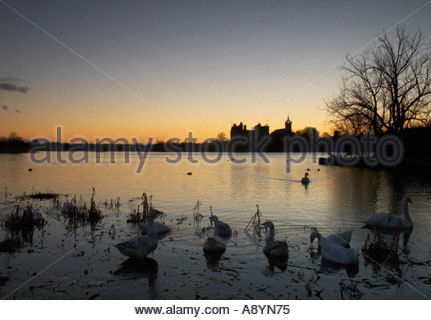 A view of Linlithgow Palace Scotland at dawn - Stock Photo