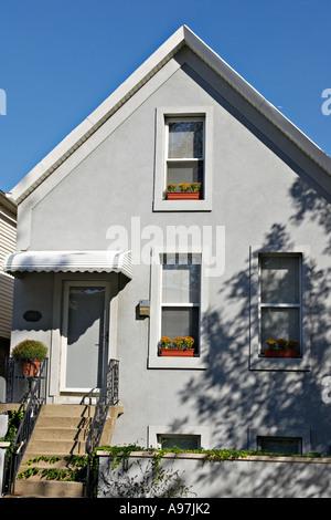 ILLINOIS Chicago Gray single family residence in Bucktown neighborhood on near west side of city Wicker Park - Stock Photo