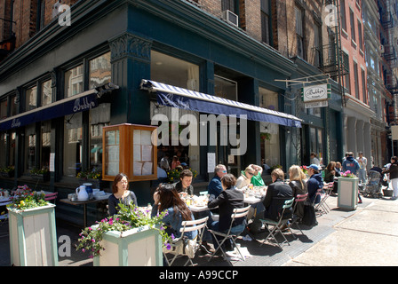 Bubby s Pie Company Restaurant and Bar in Tribeca in NYC - Stock Photo