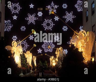 CHRISTMAS SAKS DEPARTMENT STORE LIGHT DISPLAY FIFTH AVENUE ROCKEFELLER CENTER MANHATTAN  NEW YORK CITY USA - Stock Photo