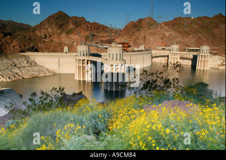 Hoover Dam Lake Mead Recreation Area looking towards Nevada from Arizona - Stock Photo