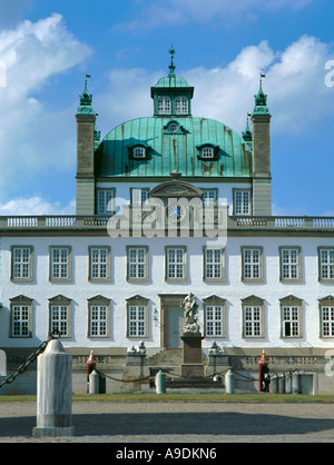 Fredensborg Slot, near Hillerød, Fredriksborg, Sjælland (Zealand), Denmark. - Stock Photo