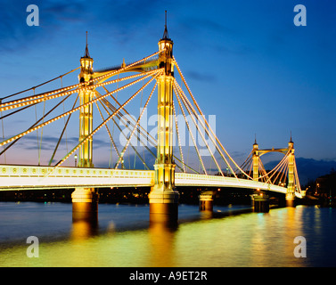 GB LONDON ALBERT BRIDGE RIVER THAMES - Stock Photo