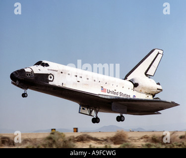 space shuttle landing at edwards air force base - photo #35