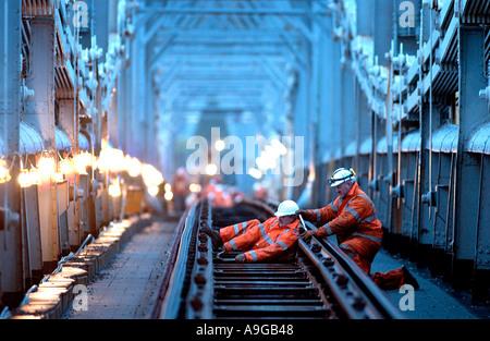 Refurbishment of Royal Albert Bridge over the Tamar to restore Isambard Kingdom Brunels original hardwood timber - Stock Photo