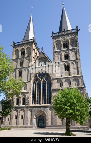 Xanten, cathedral St.Victor, west front, NRW, Germany - Stock Photo