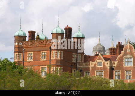 Bawdsey Manor, Suffolk, England, 19thC building where radar was invented in the 1930s and used during WW2. - Stock Photo