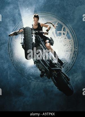 LARA CROFT : TOMB RAIDER - 2001 Paramount film with Angelina Jolie as Lara Croft - Stock Photo