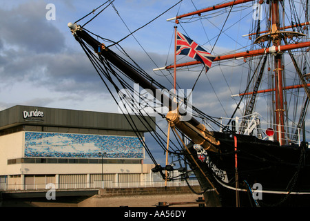 RRS Discovery wooden three-masted ship berthed dundee scotland uk gb - Stock Photo
