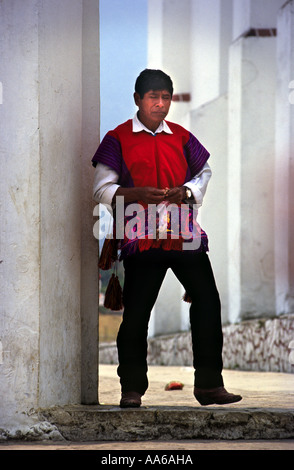 A TRADITIONALLY DRESSED ZINACANTAN MAYAN INDIAN MAN IN SAN LORENZO ZINACANTAN CHIAPAS MEXICO - Stock Photo