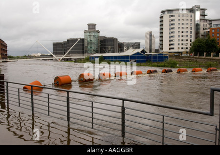 River Aire & Leeds Liverpool Canal had flooded & merged. View at Clarence Dock / Royal Armouries Leeds 25 June 2007 - Stock Photo