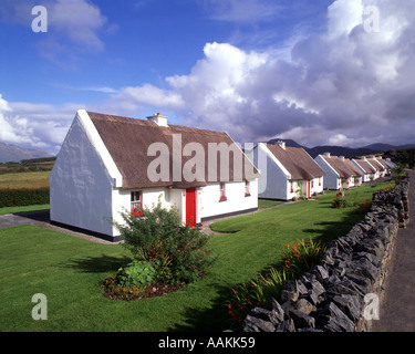 IE - CO.GALWAY: Connemara Holiday Cottages at Tullycross - Stock Photo