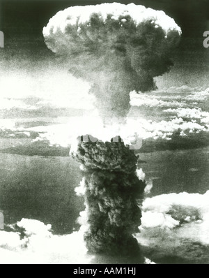 1950s ATOMIC BOMB EXPLOSION MUSHROOM CLOUD - Stock Photo