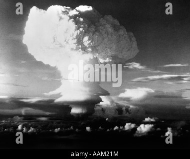 MUSHROOM CLOUD FROM ATOMIC BOMB SET OFF IN SOUTH PACIFIC DURING OPERATION IVY - Stock Photo