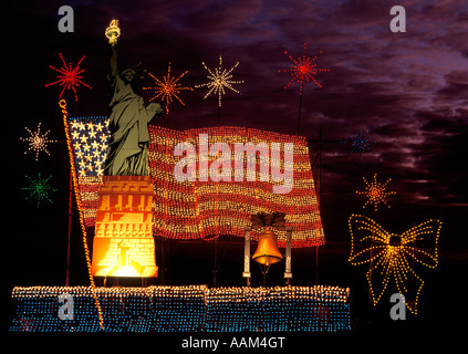 OGLEBAY PARK CHRISTMAS LIGHT SHOW STATUE OF LIBERTY DISPLAY WHEELING WEST VIRGINIA - Stock Photo