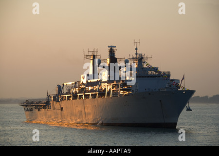 Trafalgar 200 International Fleet Review 28 June 2005 HMS Bulwark L15 amphibious assault warship dusk 27 June 2005 - Stock Photo