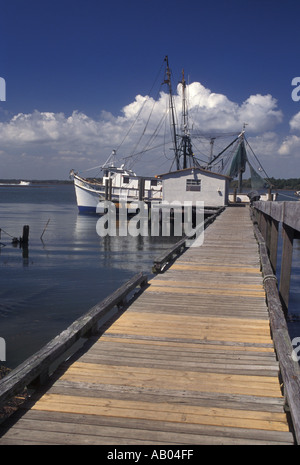 A fishing pier along the southeastern u s coast on a for Hilton head fishing pier