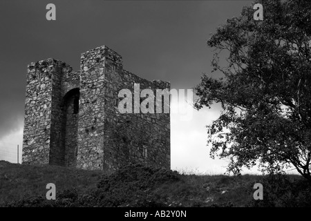 storm clouds gathering over Audleys Castle, Strangford, County Down, Northern Ireland - Stock Photo