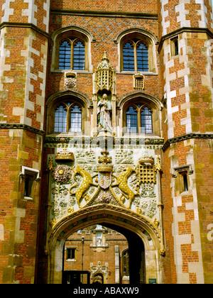 Cambridge, St John's College, Entrance - Stock Photo