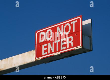 Overhead DO NOT ENTER sign - Stock Photo