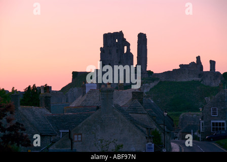 Corfe castle from West street - Stock Photo