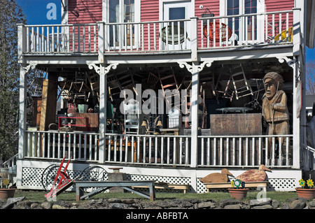 A cluttered antiques shop in North Hatley, Estrie, Quebec - Stock Photo