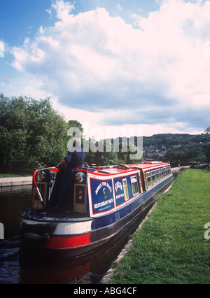 Restaurant narrow boat on the Llangollen branch of the Shropshire Union Canal Trevor Denbighshire North East Wales - Stock Photo