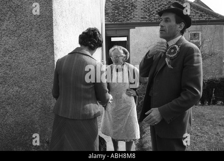 Thorpe works for us.  Jeremy Thorpe on the election campaign  trail mid Devon constituency 1979 with his wife Marion - Stock Photo