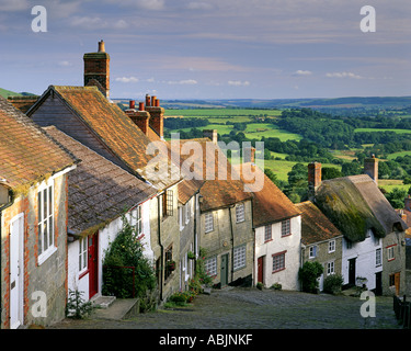 GB - DORSET:  Gold Hill at Shaftesbury - Stock Photo