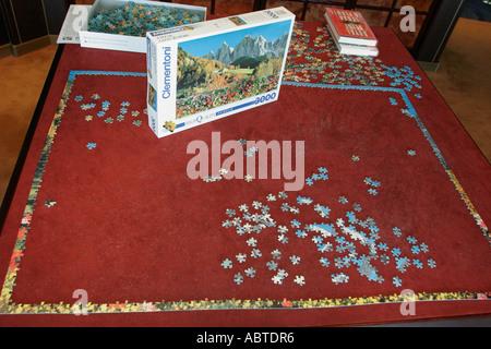New York Atlantic Ocean Holland America Line ms Noordam Explorations Cafe jigsaw puzzle pieces - Stock Photo