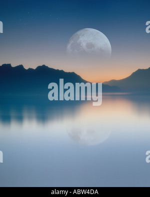 CH - VAUD: Moon over Lake Geneva - Stock Photo
