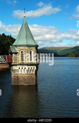 Draw off valve tower Welsh Waters Pontsticill Reservoir in the Brecon Beacons National Park & Fforest Fawr Geopark - Stock Photo